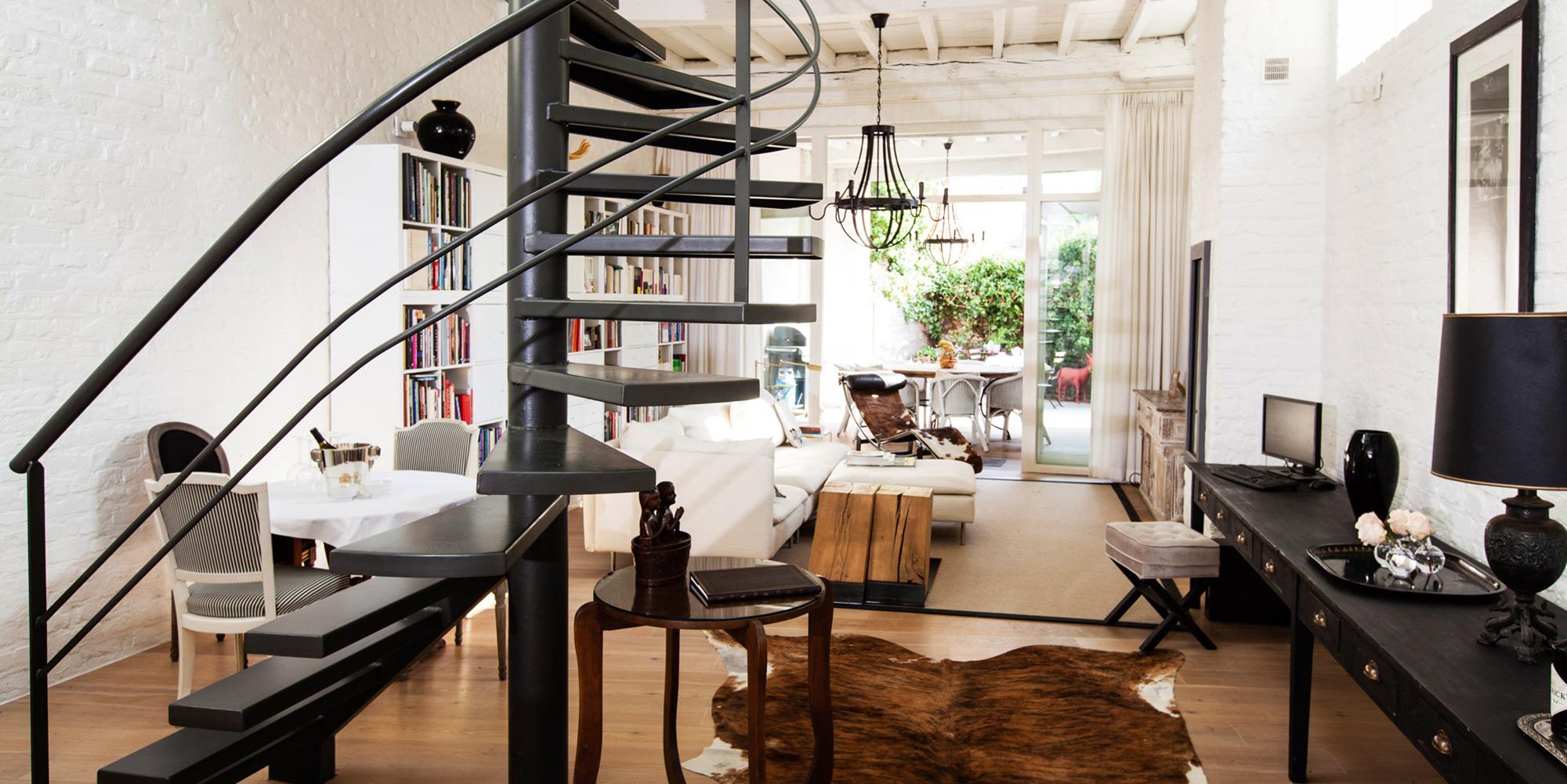 Bij bed and breakfast Maison Amodio kan je stjilvol, luxueus en romantisch overnachten bij gastheren Geert en Henri.